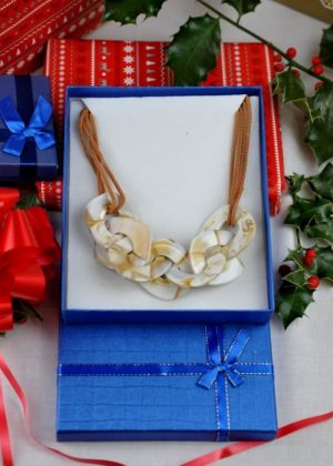 The Cream Link Necklace