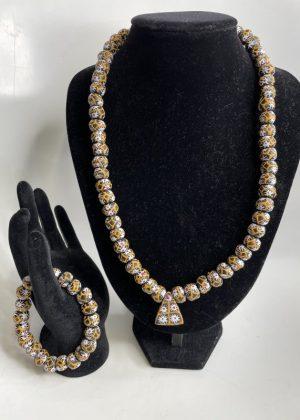 Flower Print Glass Bead Necklace Set