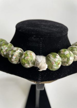 Green Glass Bead Necklace Close Image